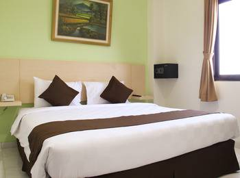Hotel 88 Mangga Besar Jakarta - Deluxe Room With Breakfast Regular Plan
