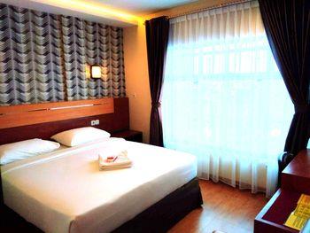 Parma Star Hotel Pekanbaru - Deluxe Room Regular Plan