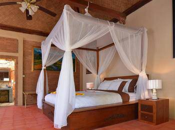 Rajaklana Resort Villa And Spa Jogja - Luxury Stone House All inclusion Transportation or Dinner Inclusions