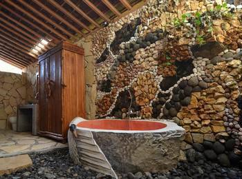 Rajaklana Resort Villa And Spa Jogja - Luxury Stone House Minimal 2 malam Menginap