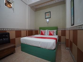OYO 1441 Hotel Dempo Permai Lubuklinggau - Standard Double Room Regular Plan