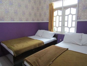Penginapan Melati Sarangan Magetan - Four Bedroom Villa Room Only FC Minimum Stay