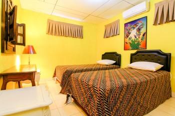 Mi Casa Es Tu Casa Homestay Yogyakarta - Deluxe Bathroom Outside NR Min. Stay