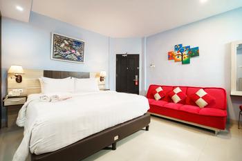 King Suite Hotel Bengkulu - Junior Suite  Double bed ( Queen Bed ) Room Only Regular Plan