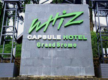 Whiz Capsule Hotel Grand Bromo