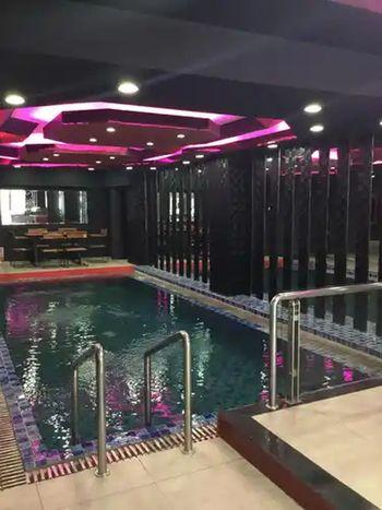 Hotel Surya - Pantai Losari Makassar