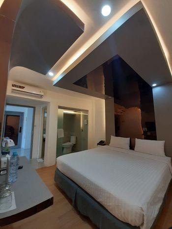 Hotel Surya Makassar - Superior double Window Room only Regular Plan