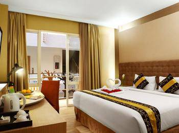 Rivavi Kuta Beach Hotel Bali - Deluxe Room With Breakfast Daily Great Deal
