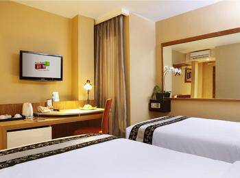 Rivavi Kuta Beach Hotel Bali - Superior Room With Breakfast Regular Plan