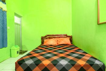 Willy Homestay Magelang - Superior Double with Fan Room Only NR MS2N 40%