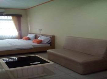Simply Homy Guesthouse Pasteur Bandung - Deluxe Double Room (Check-in before 22.00) #WIDIH - Pegipegi Promotion