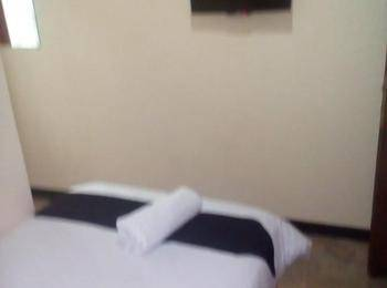 Simply Homy Guesthouse Pasteur Bandung - Standard Single Room With Fan (Check-in before 22.00) Regular Plan