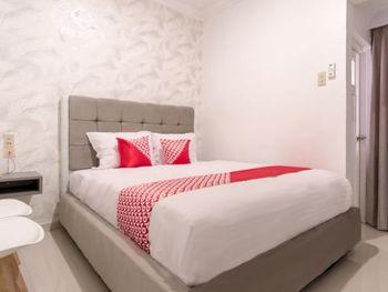 OYO 487 Gajah Mada Hotel Medan - Deluxe Double Room Regular Plan