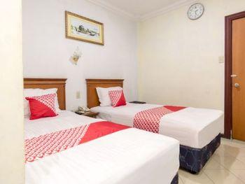 OYO 487 Gajah Mada Hotel Medan - Standard Twin Room Regular Plan