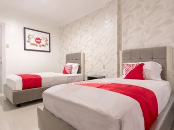 OYO 487 Gajah Mada Hotel Medan - Suite Twin Regular Plan