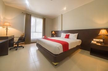 RedDoorz Premium @ Raya Bojonegoro Bojonegoro - RedDoorz Suite Room Last Minute Promotion