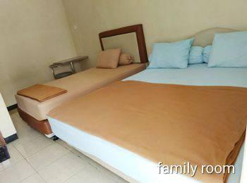 Liberty Homestay Pekanbaru - Family Room Regular Plan