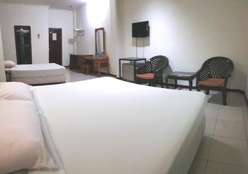 Jambi Raya Hotel Jambi - suite Triple Regular Plan
