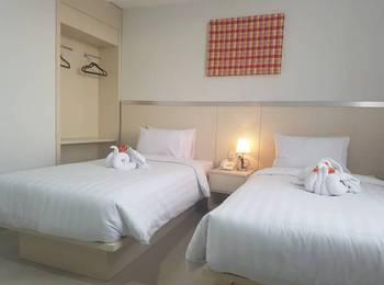 Grand Sayang Park Hotel  Makassar - Superior Twin Room Regular Plan