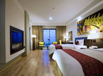 Aston Pontianak - Deluxe Room Only Regular Plan
