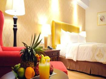 Hotel Adimulia Managed By Topotels Medan - Deluxe Room Regular Plan