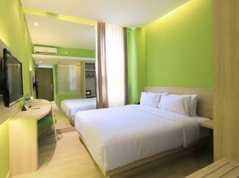 Royal City Hotel Jakarta - Deluxe Saphier (Kingsize Bed) - Room Only Royal City Promo