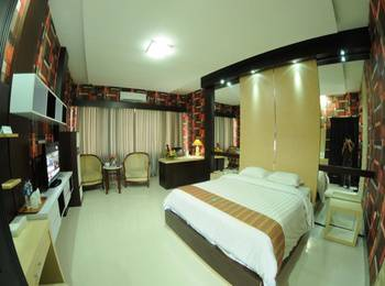 Hotel Swarna Dwipa Palembang - Junior Suite Room Regular Plan