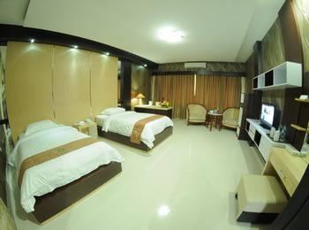 Hotel Swarna Dwipa Palembang - Junior Suite Room Regular Plan