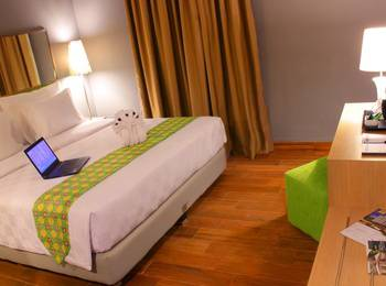 Pesonna Hotel Pekalongan - Deluxe Room Only Basic Deal!