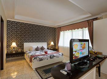Royal Orchids Garden Hotel Malang - Executive Suite Regular Plan