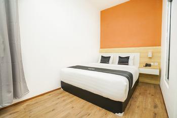 OYO 2892 Sm Exclusive Yogyakarta - Deluxe Double Room Regular Plan