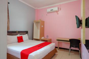 RedDoorz Plus Syariah @ Hotel Boulevard Luwuk Banggai - RedDoorz Room Regular Plan
