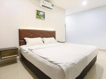City Central Hotel Batam - Standard Room Only Save 20%