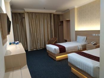 Rangkayo Basa Hotel Padang Panjang Padang Panjang - Superior Room Only Regular Plan