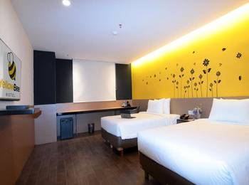 Yellow Bee Hotel Tangerang - Executive Room Last Minute