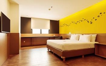 Yellow Bee Tangerang Tangerang - Superior King Regular Plan