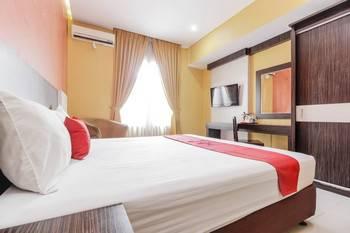 RedDoorz near Pasar Pagi Cirebon Cirebon - RedDoorz Room Basic Deal