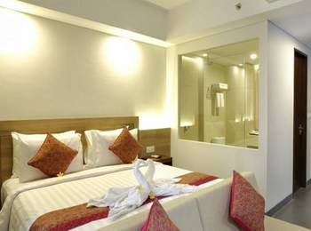 Paragon Hotel Seminyak - Paragon Junior Suite with Balcony Regular Plan
