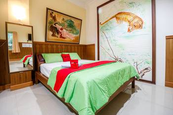 RedDoorz near Kartini Mall Lampung Bandar Lampung - RedDoorz Room Regular Plan
