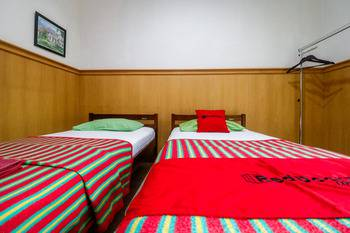 RedDoorz near Kartini Mall Lampung Bandar Lampung - RedDoorz Twin Room Basic Deal