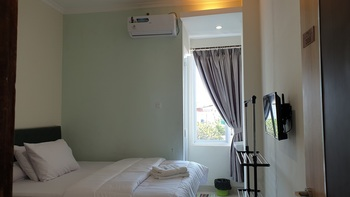 Bale Ikite Homestay Makassar - Economy Double Room Last Minute Deal 41%