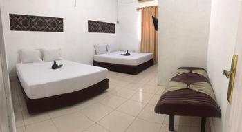 Hotel Asoka Padang Syariah Padang - Deluxe Room Regular Plan