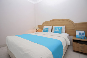 Airy Syariah Pelajar Pejuang 45 Bandung - Deluxe Double Room Only Special Promo Aug 51