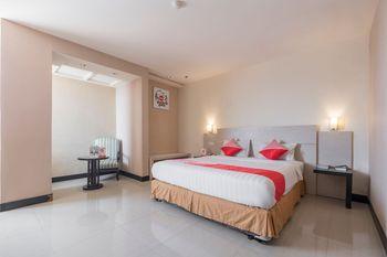 OYO 1081 Allson City Hotel Makassar