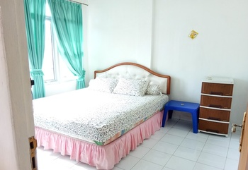 Dolphin Kost Palembang - Dolphin Room with Fan Regular Plan