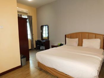 Wisma Sudirman Medan Medan - Superior Room Regular Plan
