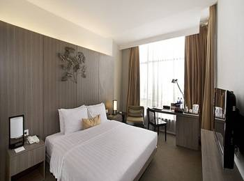 Grand Zuri  Jababeka - Deluxe Double Room Only Regular Plan