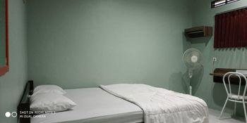 Elenor's Home Bandung - Deluxe room Regular Plan