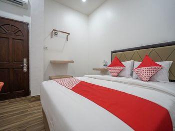 OYO 1270 Residence 8 Palembang - Standard Double Room Regular Plan
