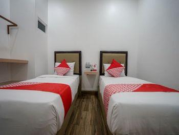 OYO 1270 Residence 8 Palembang - Standard Twin Room Regular Plan
